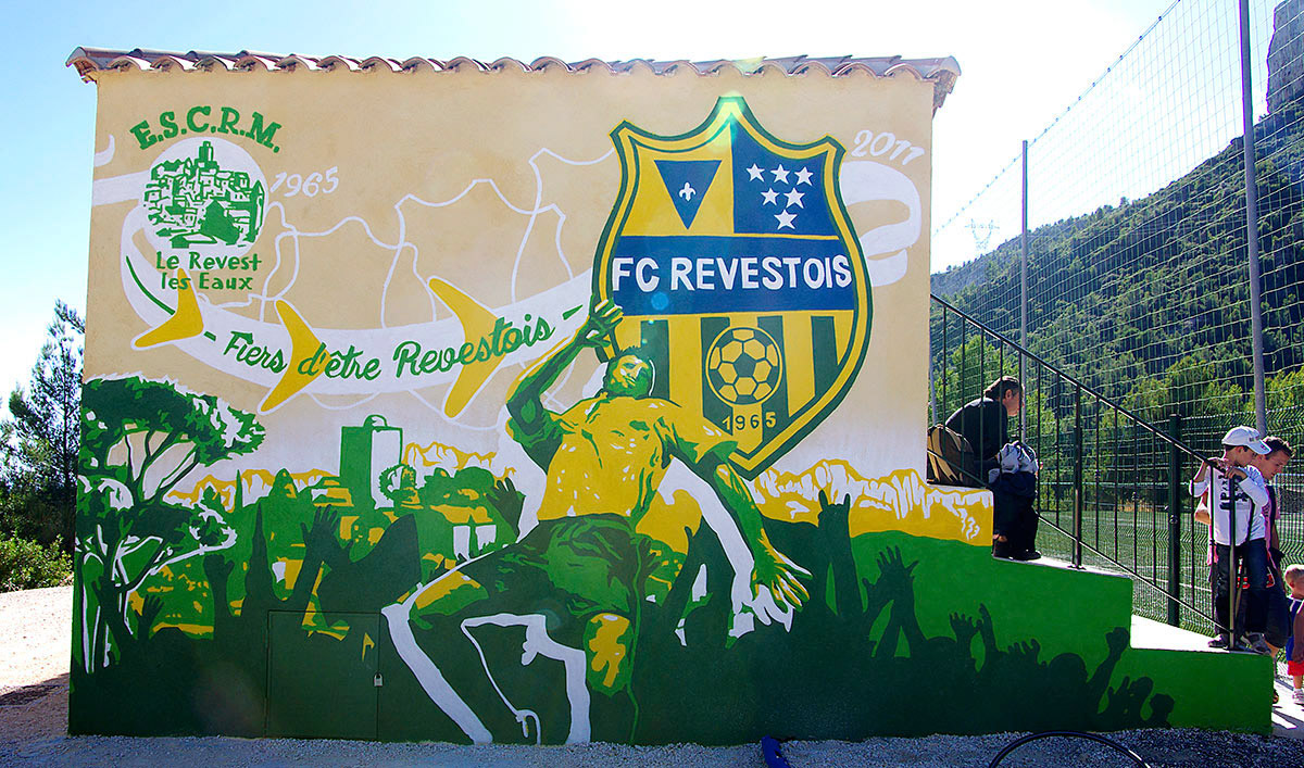 Marketing-territorial-Var-fresque-stade-Revest-visitgame-0918-004