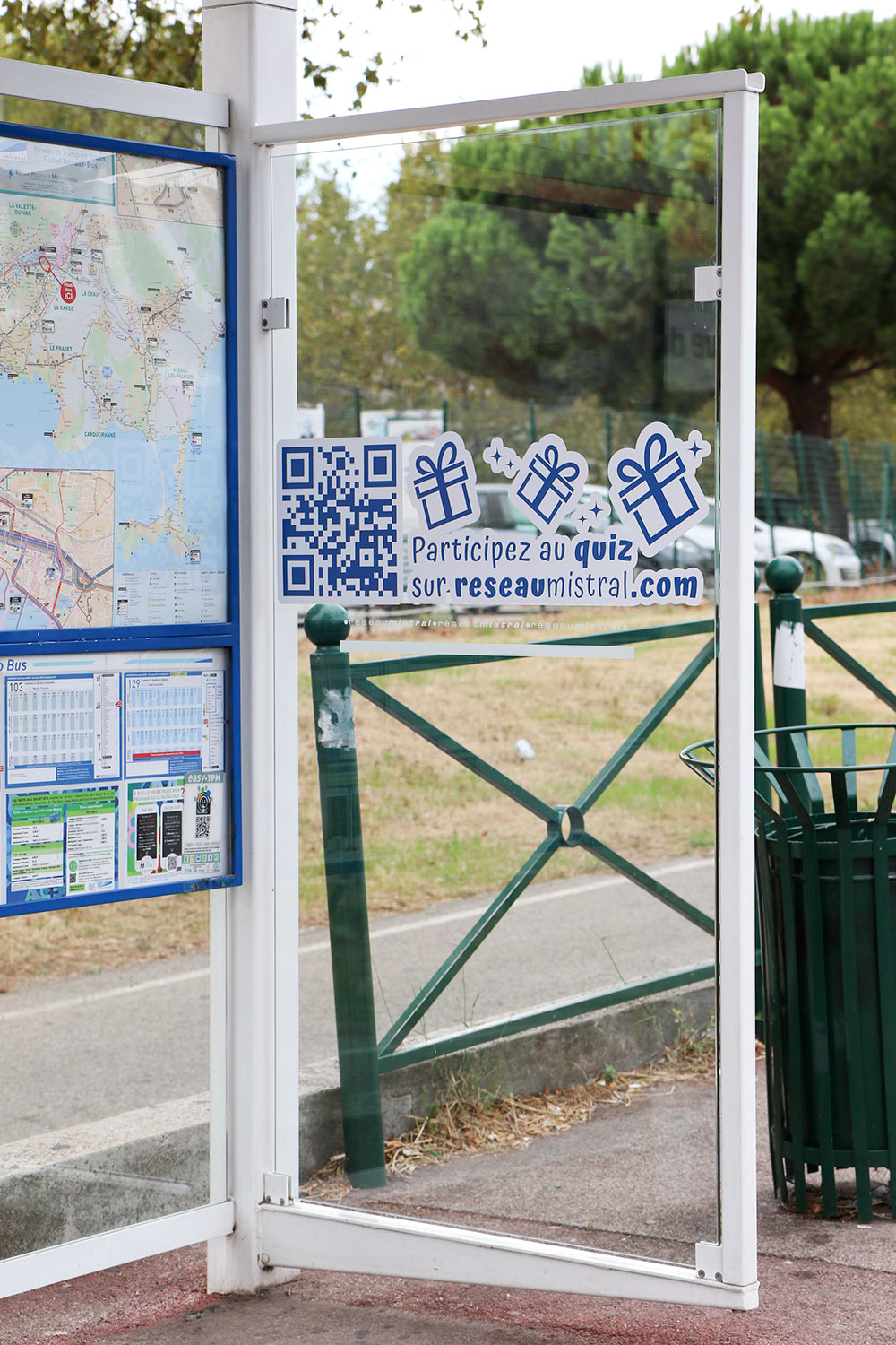 Agence communication service public Toulon -toulon-comitup-street-marketing-sticker-jeu-concours-Var-83-01